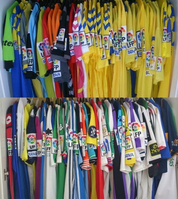 La Mirada De Un Coleccionista   Colecciones de camisetas de fútbol en el  mundo (III) e67d6940b60