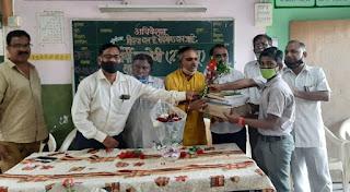 कोरबा मिठागर मनपा शाला संकुल मे शालोपयोगी साहित्य वितरण कार्यक्रम संपन्न | #NayaSaberaNetwork