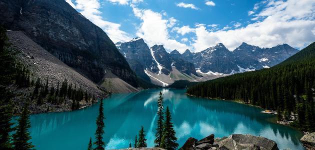 هل خلق المياه بداية منذ خلق الكون -وهل هي من أهم مصادر الحياة؟