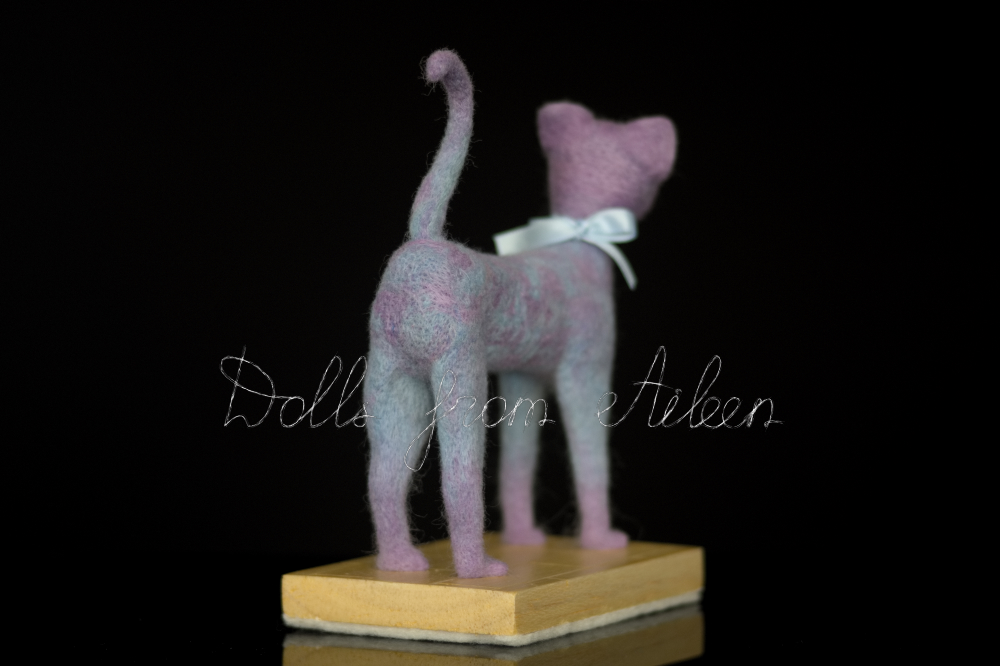 ooak needle felted cat sculpture, back view