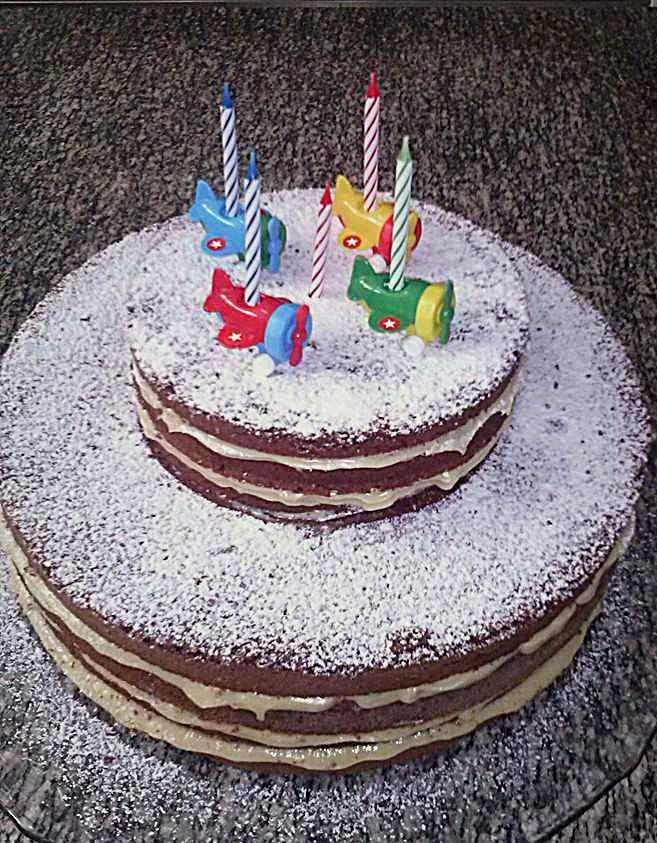 BOLO PELADO ou NAKED CAKE DE CHOCOLATE | Bolo Simples