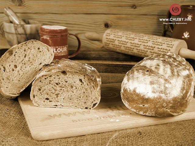 Chleb pszenny na zakwasie pszennym (chleb z Vermont)