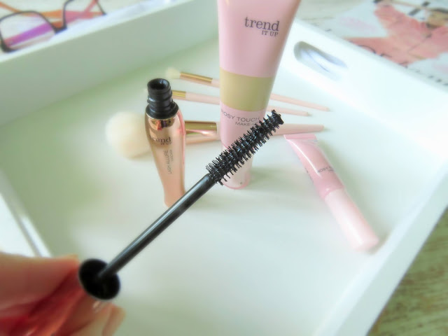 Trend It Up Lash Allure riasenka