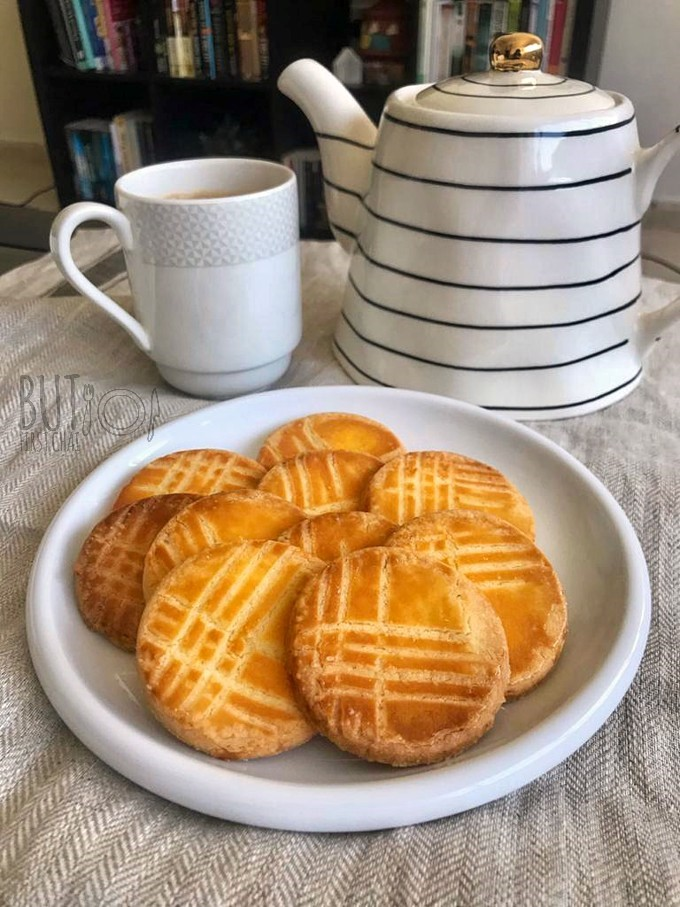 Galettes Bretonnes   Salted Butter Biscuits