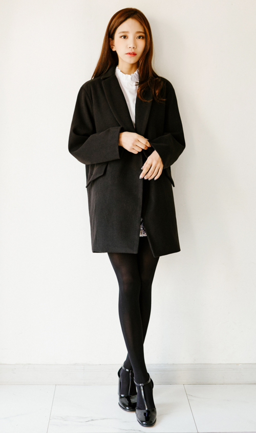 Boxy Standard Notched Lapel Coat