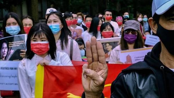 Pabrik China di Myanmar Dibakar, Taiwan Serukan Perusahaannya Kibar Bendera