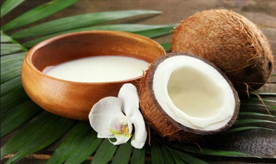 Benefits of Coconut Milk For Beauty Skin And Hair