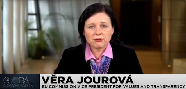 Vicepresidente della Commissione europea Vera Jourova: uccidiamo il coronavirus, non la democrazia
