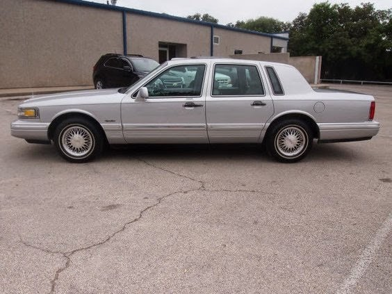 Tdy Sales 3 888 One Owner 88k Miles Silver 1997 Lincoln Town Car
