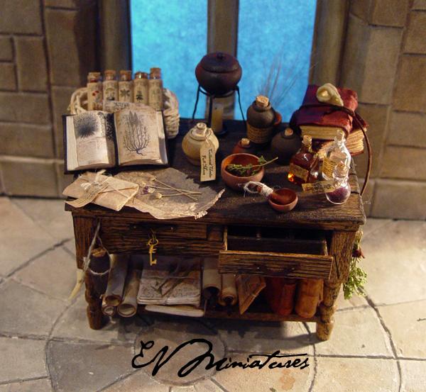 EV Miniatures: Rustic Potion Table