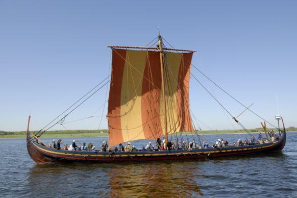 Bensozia Viking Sails