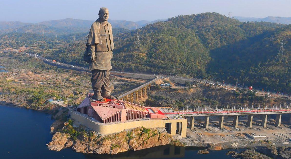 La statua più grande del mondo inaugurata in India, è dedicata a Sardar Patel.