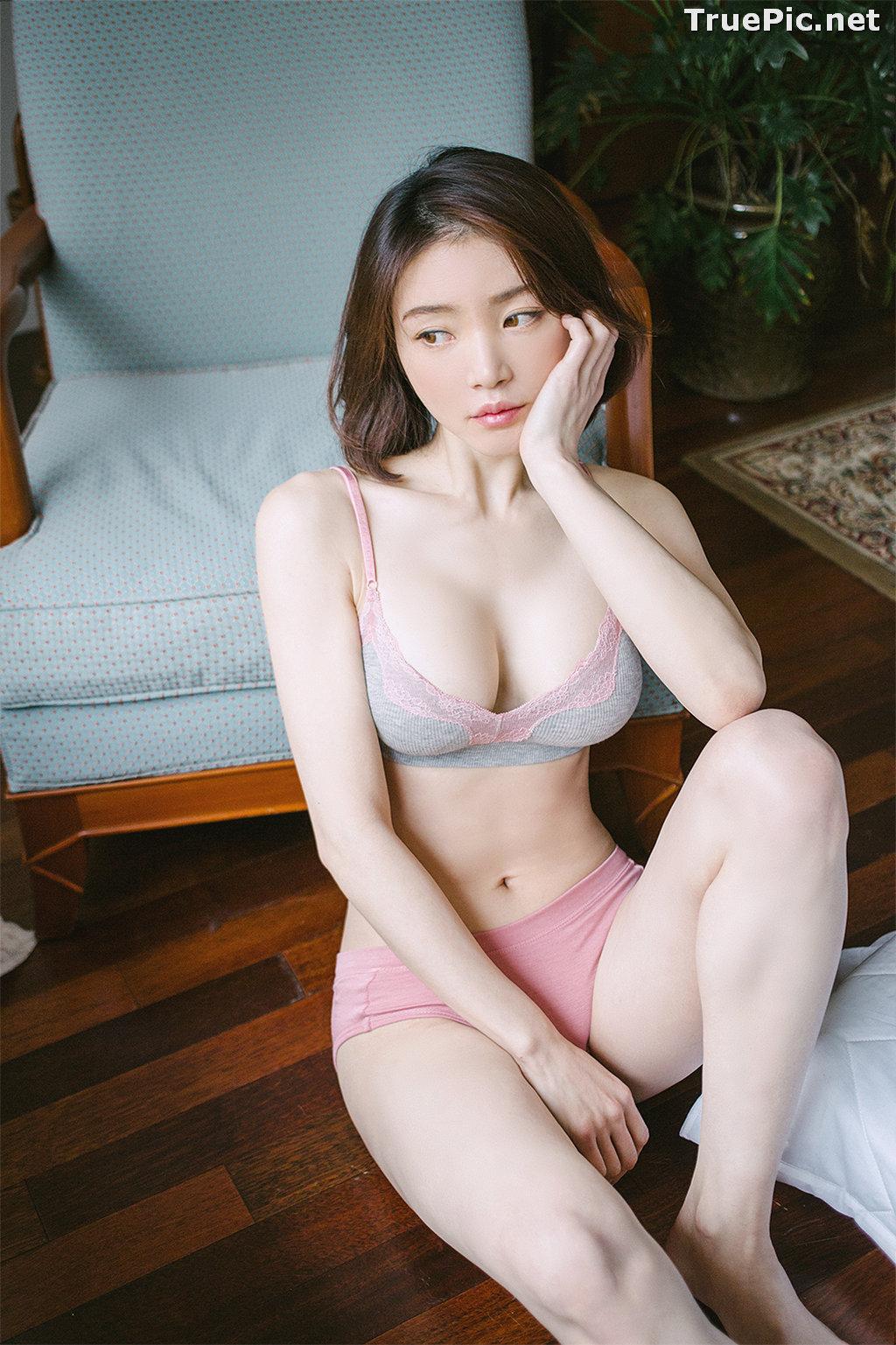 Image Korean Fashion Model - Lee Ho Sin - Laralette Gray Lingerie - TruePic.net - Picture-9