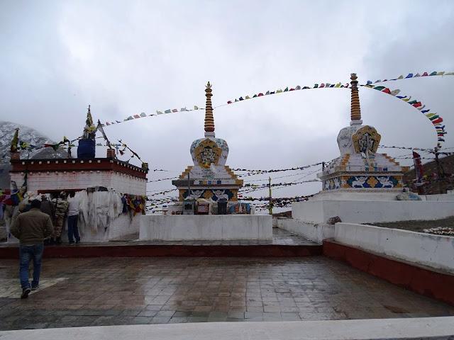 Temple, Kunzum La, Himachal Pradesh