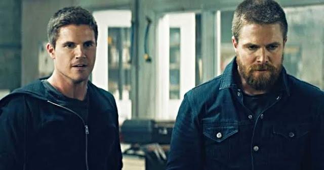 Robbie Amell e Stephen Amell no filme Code 8/Divulgação