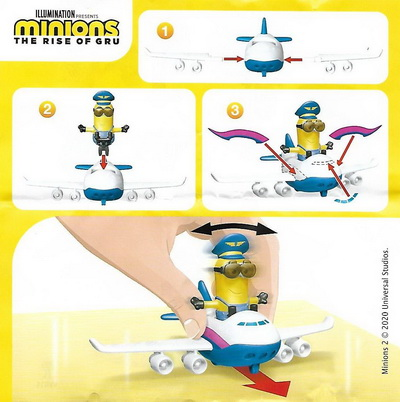 Пилот в самолете Kinder Maxi Minions 2020