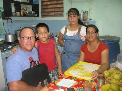 Varma hälsningar från en förföljd församling i Guantánamo, Kuba
