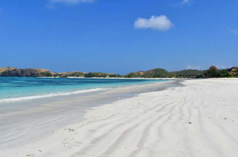 Harga Tiket Pantai Tanjung Aan