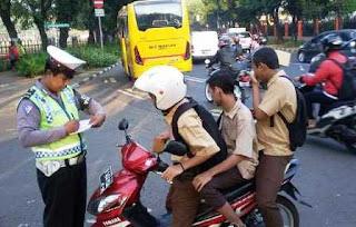 Beragam Jenis Pelanggaran Lalu Lintas yang Sering Terjadi di Jalanan Beserta Ketentuan dan Denda Tilangnya