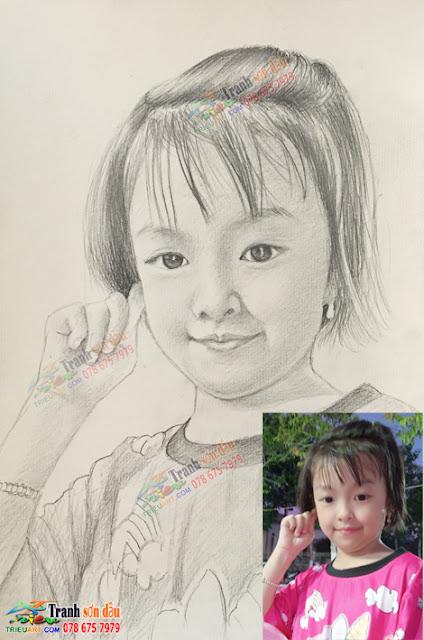 vẽ chân dung chì tặng bé gái