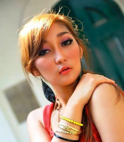 Download Foto Hot Sexy Model Cantik Chant Felicia (Ayu Larasati) The Next Sexy Baby Margaretha - www.insight-zone.com