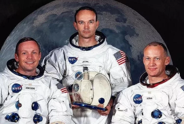 How did the Apollo 11 land on the moon? How long was Apollo 11 on the moon? Who landed on the moon first? What time did they land on the moon in 1969? Is the flag still on the moon? Why did we stop going to the moon? What is left on the moon? How many miles is it to the moon? How many countries have landed humans on the moon? Who owns the moon? How many flags are on the moon? How many astronauts have walked on the moon? How much does it cost to go to the moon? Who was the last person on the moon? What countries have walked on the moon? How many trips to the moon are there? What time of day was the first moonwalk? Where do astronauts land when they return to Earth? Has anyone died in space? Has anyone visited Mars? What was the longest time spent on the moon?