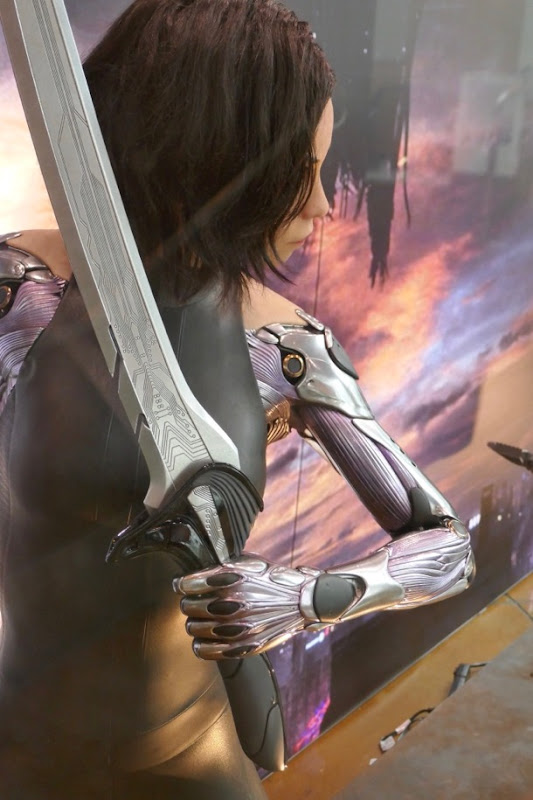 Alita Battle Angel cyborg arm sword