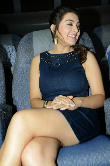 bolywood-actress-hansika-motwani-legs