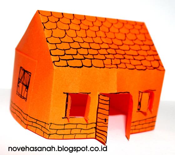 mau membuat rumah-rumahan dari kertas origami yang mudah tapi hasilnya lucu dan cantik? silakan ikuti tutorial cara membuatnya berikut ini.
