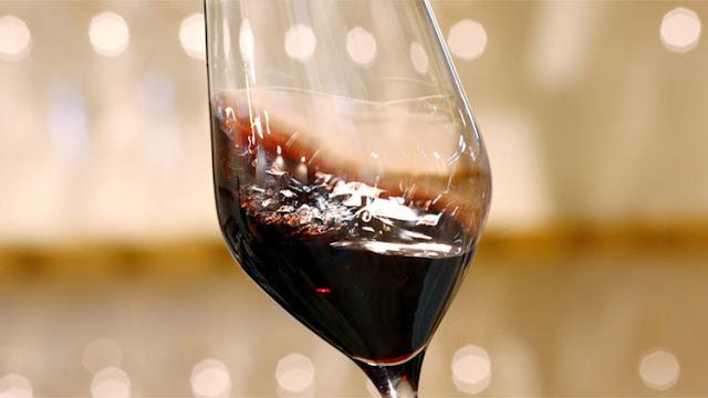 La embajada de EE.UU. en Israel regala vino de Cisjordania a una ONG que se opone a las colonias