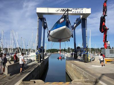 SMA remis à l'eau à Port La Foret, Paul Meilhat tourné vers le Vendée Globe