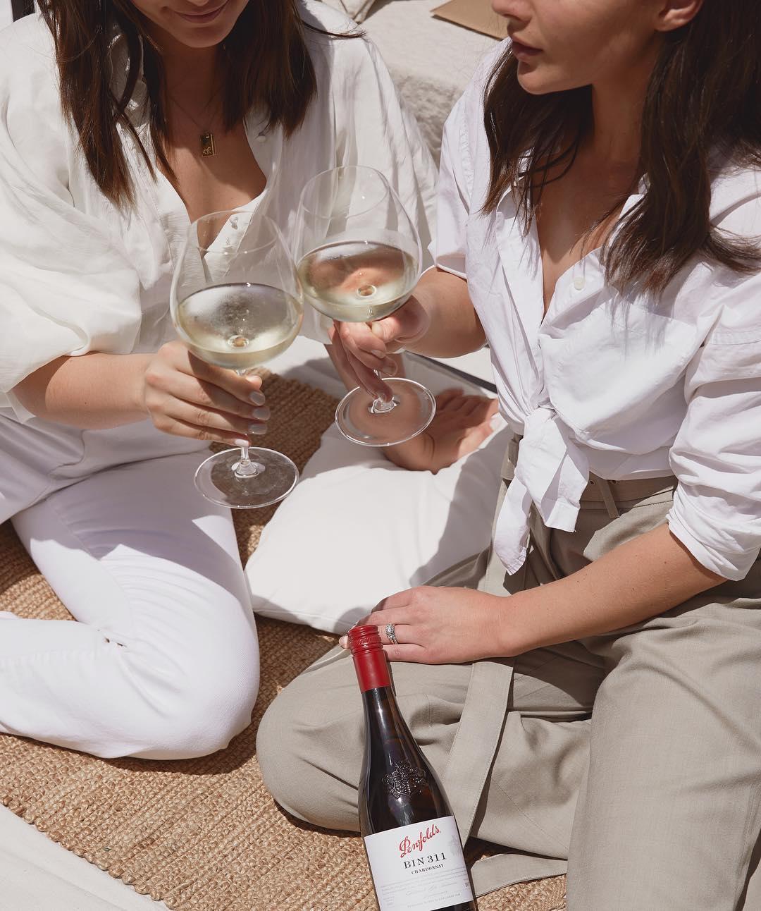 Como comprar a camisa branca clássica perfeita