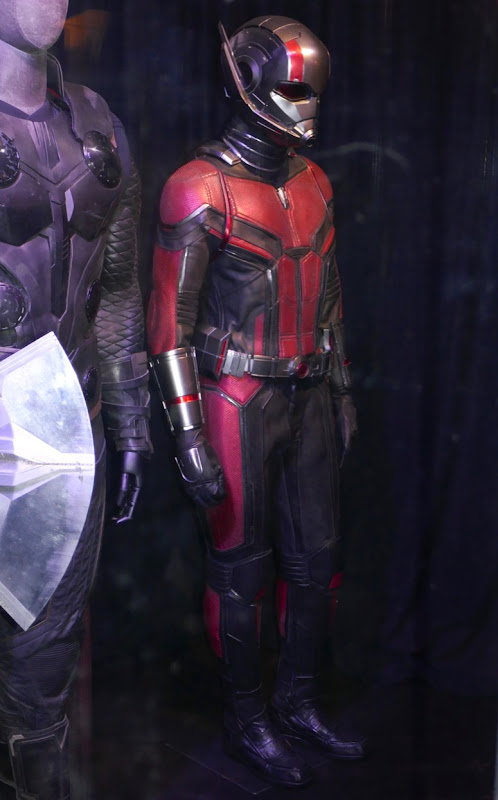 Paul Rudd Avengers Endgame AntMan costume
