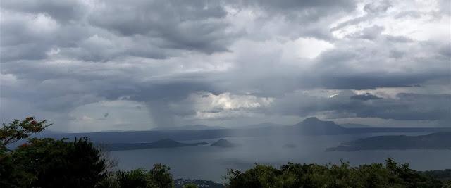 Tagaytay Picnic Grove View