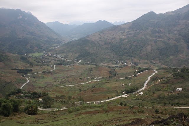 Choose Ha Giang tourism with homestay you get what?