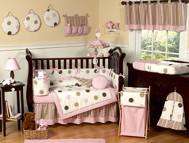 Bringing Home Baby: Preparing the Nursery & Registering