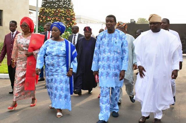 Continue to embrace God,Pastor E.A Adeboye urges Nigerians.