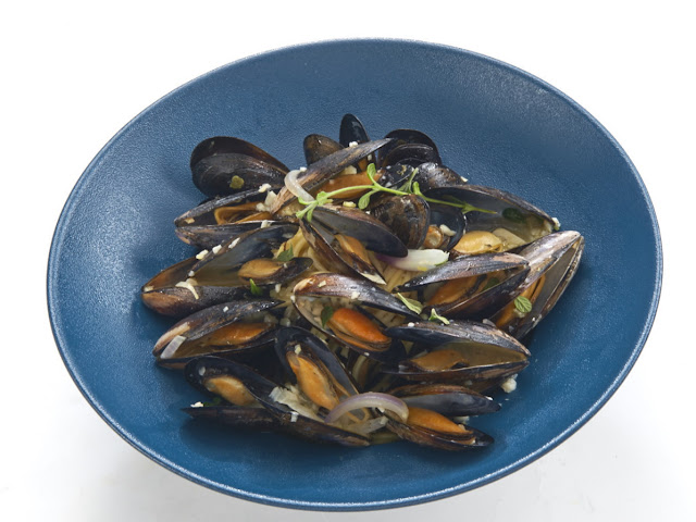 Fish & Co Herbed Mussels