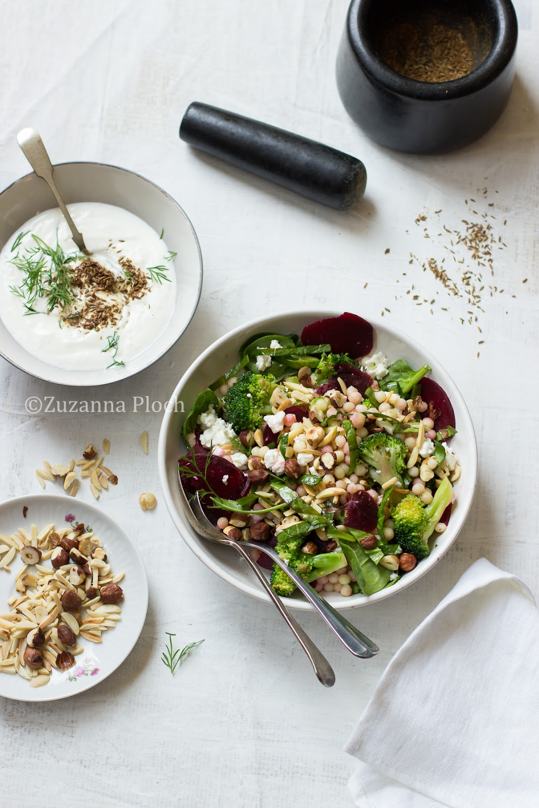 israeli couscous salad - Food Photography by Zuzanna Ploch, fotografia kulinarna
