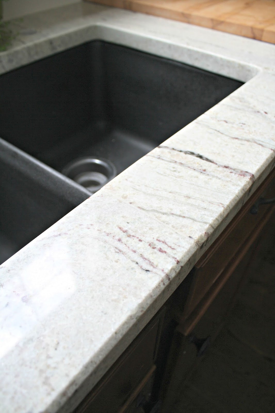 seam on sink granite