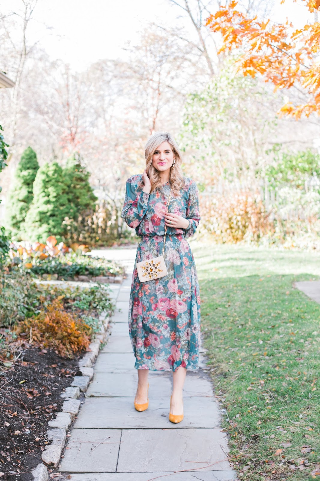 Bijuleni - What To Wear To a Fall Wedding - Elegant Floral Green Midi Dress