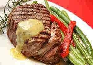 لحم نعام مشوى