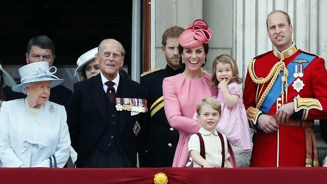 Μπισκότα για βασιλιάδες -Η βασιλική οικογένεια της Μεγάλης Βρετανίας δημοσίευσε συνταγή για πεντανόστιμα κουλουράκια