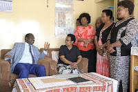 KADENGE - See what RAILA did at the home of football legend, the late JOE KADENGE, just a day after RUTO visited the family?