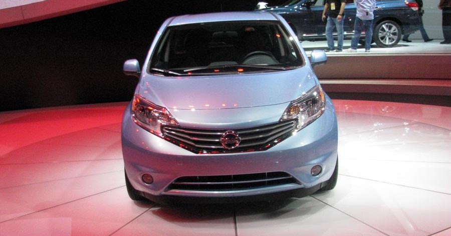 information and review car 2014 nissan versa note. Black Bedroom Furniture Sets. Home Design Ideas