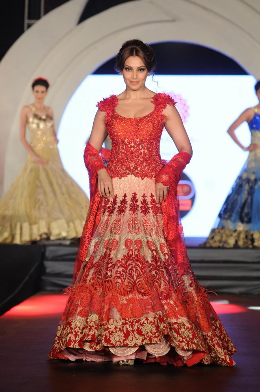 Bipasha Basu Images At Fashion Show In Red Gown