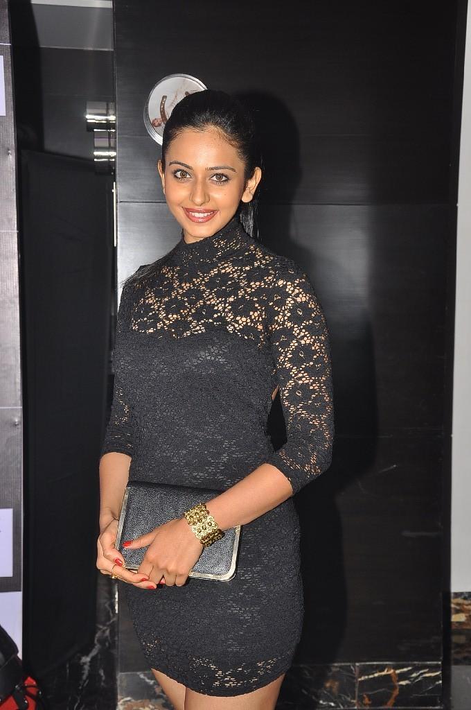 Gorgeous Rakul preet singh at siima awards pre party