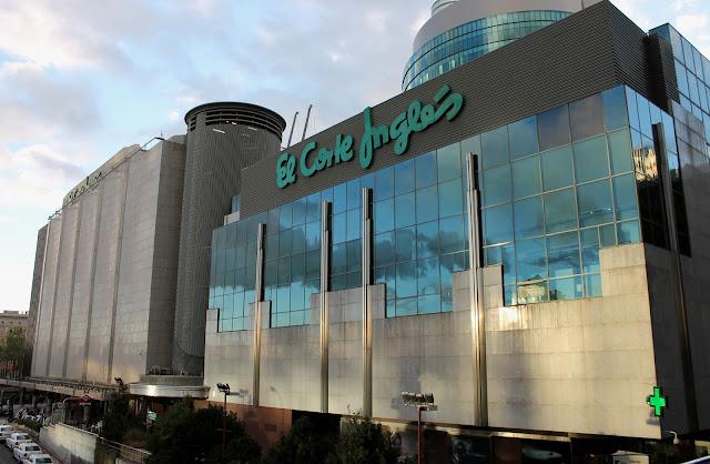 Lojas de departamentos em Madri