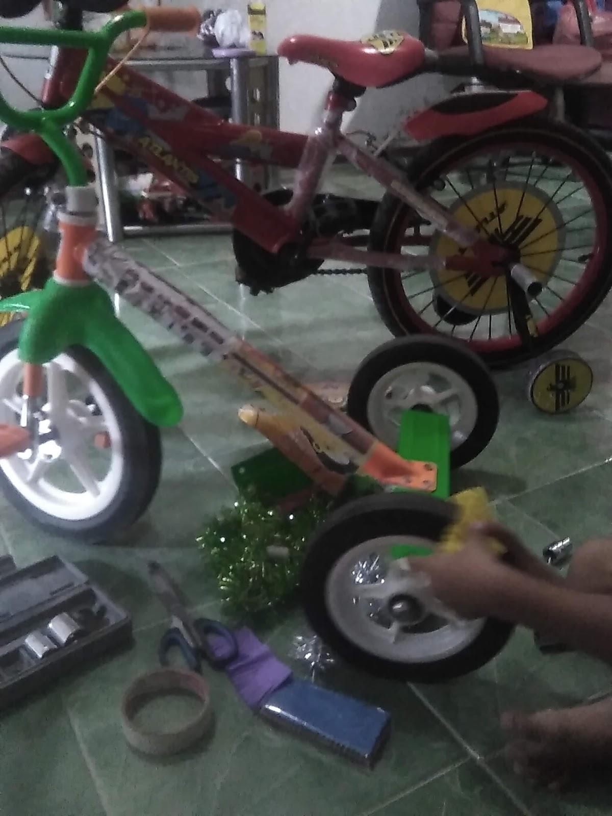 Sepeda Hias Sederhana Untuk Acara Tujuh Belasan | Asyiknya