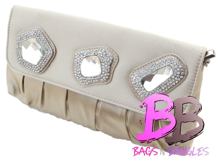 347b91ff0104 Celebrity Trends of 2011  Bags N Bangles Beautiful Collection